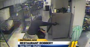 """VIDEO: RESTAURANT EMPLOYEES ASSAULTED DURING ARMED ROBBERY AT RESTAURANT WITH PROMINENT """"NO GUNS"""" SIGN"""
