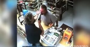 [VIDEO] Store clerk stops armed robbery with a quick surprise for the robber