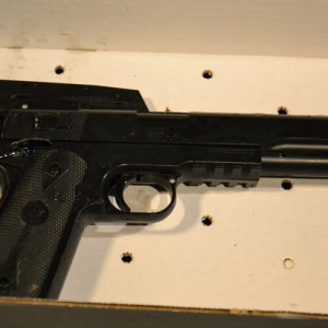 Cleveland police officer shoots 12 year old boy 04600e4e02eb25eb
