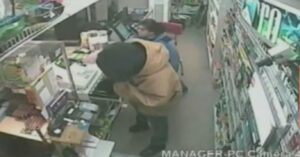 [VIDEO] Clerk Grabs Gun From Robber, Fights And Shoots