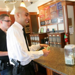 Open-Carry-Starbucks-courtesy-csmonitor.com_