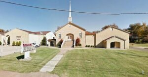 Kentucky Police Officer Accidentally Shoots His Mother During Church