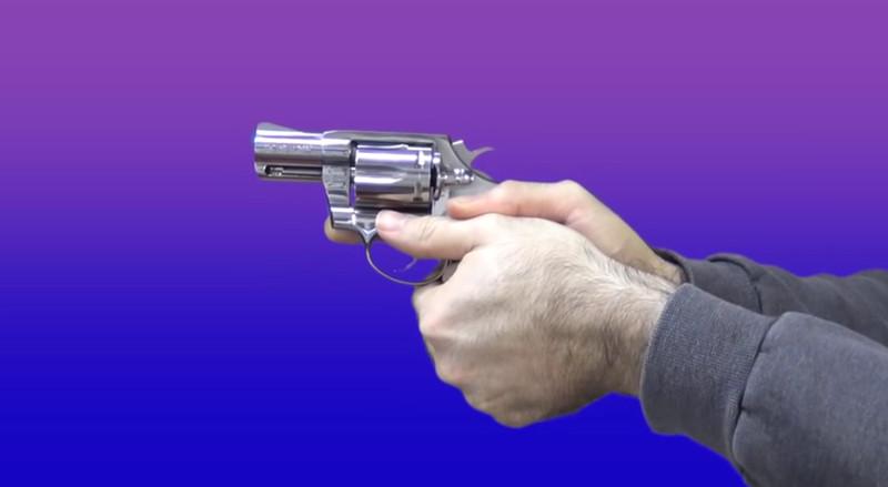 revolver_combat_grip