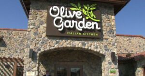 BAD PR: On-Duty Officer Asked To Leave Olive Garden Because He Was Armed