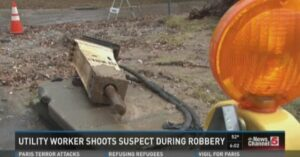 Utility Worker Defends Himself And His Buddies From Armed Robber…
