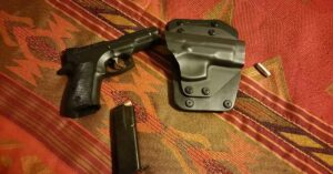#DIGTHERIG – John and his CZ 75 Compact