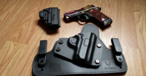 #DIGTHERIG – Joe and his Sig Sauer P238