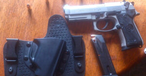 #DIGTHERIG – Aaron and his Beretta M92 Compact L