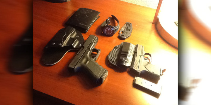 DIGTHERIG – Frank and his Glock 19 and Remington RM380 – Concealed