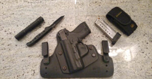 #DIGTHERIG – Michael and his M&P Shield 9mm