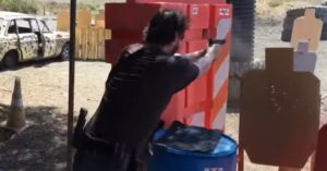 [VIDEO] Keanu Reeves Shows Off His Skills At The Range