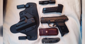 #DIGTHERIG – Markus and his Ruger SR9c in an Alien Gear Holster