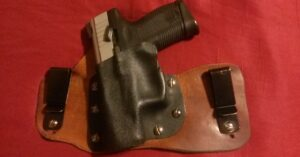 #DIGTHERIG – Patrick and his Taurus PT745 in a Handmade IWB Holster