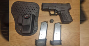 #DIGTHERIG – Bryce and his Springfield XDs 45 in a Fobus IWB Holster
