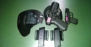 #DIGTHERIG – Ben and his Glock 21 and Kel-Tec P-3AT in a few different holsters