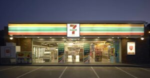 Concealed Carrier Shoots And Kills Ax-Wielding Masked Robber At 7-Eleven
