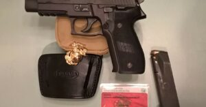 #DIGTHERIG – Eric and his SIG Sauer P226 in a Tagua Gunleather Holster
