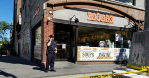 Man Accidentally Shoots Himself Waiting In Line For His Morning NYPD Bagel