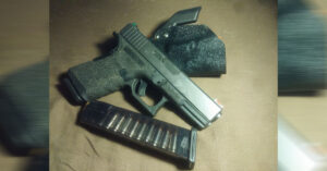#DIGTHERIG – This Guy and his Glock 19 in a Homemade Kydex Holster