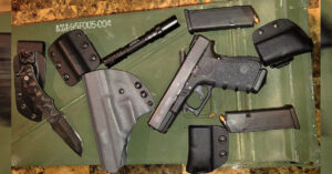 #DIGTHERIG – Casey and his Glock 23 in a Renaissance Firearms Holster