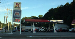 Armed Citizen Ends Hostage Situation At Gas Station, Takes Out Bad Guy