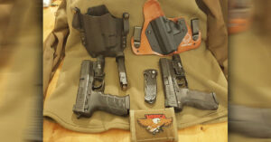 #DIGTHERIG – Barrett and his HK45 and HK P30L in a Raven Concealment Holster and Alien Gear Holster