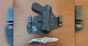 #DIGTHERIG – Jim and his Glock 19 in an Alien Gear Holster