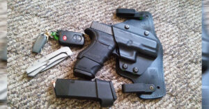 #DIGTHERIG – This Guy and his Glock 29 in an Alien Gear Holster