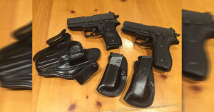 #DIGTHERIG – BHS and his SIG SAUER P220 and SIG SAUER P227 in TT Gunleather and Wright Leather Works Holsters