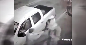 [VIDEO] Man Shoots At Armed Robbers With Quickness And Precision