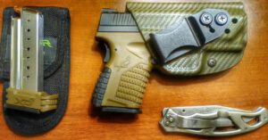 #DIGTHERIG – Drew and his Springfield XDs 9mm in a Vedder Holster