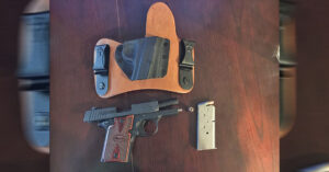 #DIGTHERIG – Dale and his Sig Sauer P938 in a CrossBreed Holster