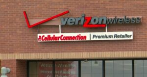 Man Faces Charges After Failed Armed Robbery Attempt At Verizon Store