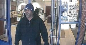 Man Attempts Bank Robbery Armed With a Patriots Hat and Scissors