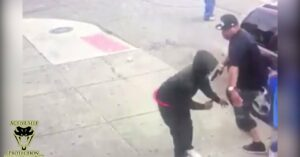 WATCH: Armed Citizen Prepared To Fight With Armed Robber