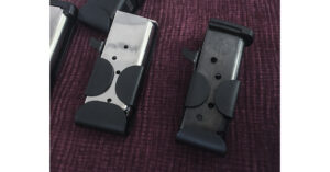 SnagMag Magazine Holsters Make it Easy to Carry a Spare Mag [SHOT Show 2018]