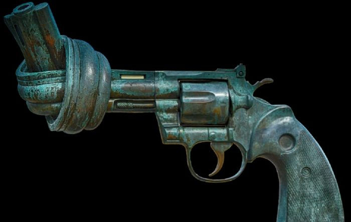 Goofy revolver