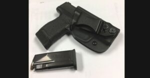 #DIGTHERIG – Terry and his Sig Sauer P365 in a Vedder Light-tuck Holster