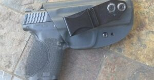 #DIGTHERIG – Ken and his Smith & Wesson 9 M2.0 Compact in a Vedder LightTuck Holster