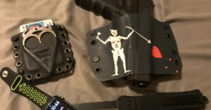 #DIGTHERIG – Christopher and his GLOCK 22 in a Bullseye Holster