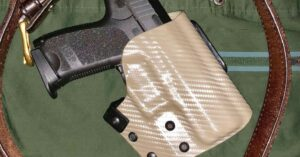 #DIGTHERIG – Brad and his H&K USP Compact in a JM Custom Kydex Holster