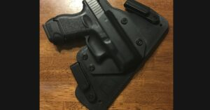 #DIGTHERIG – Gregory and his Glock 27 in an Alien Gear Holster