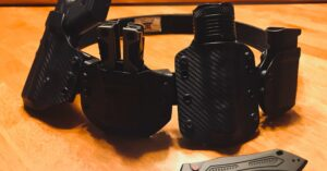 #DIGTHERIG – Erik and his GLOCK 43 in a Great Lakes Holster
