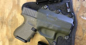#DIGTHERIG – Dennis and his Glock 26 in a StealthGearUSA Holster