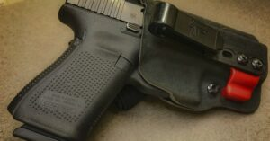 #DIGTHERIG – Chance and his GLOCK 19 in a G-Code Holster