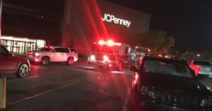 Several Shoppers Draw Their Guns During Shooting At Alabama Mall During Holiday Sales