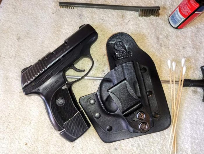 DIGTHERIG – Jay and his Ruger LC9 in a Vedder Holster