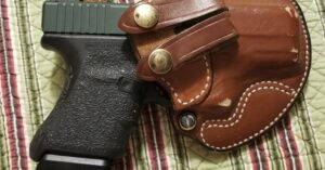 #DIGTHERIG – Thomas and his Glock 29 in a Desantis Holster