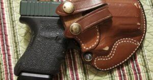 #DIGTHERIG – Thomas and his Glock 29 in a Desantis Holster