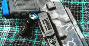 #DIGTHERIG – Ben and his Glock 19 in a Lenwood Holster